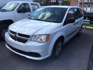 Used 2014 Dodge Grand Caravan SE/SXT for sale in St-Hyacinthe, QC