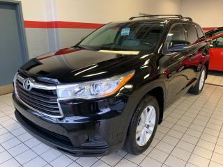 Used 2015 Toyota Highlander AWD 4dr LE for sale in Terrebonne, QC