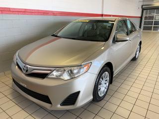 Used 2014 Toyota Camry 4dr Sdn I4 Auto LE for sale in Terrebonne, QC