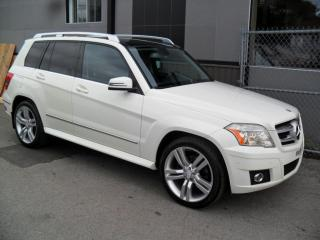 Used 2010 Mercedes-Benz GLK350 4x4 * A-1 * PANO * CUIR * ++ GARANTIE 3 for sale in Laval, QC