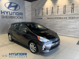 Used 2012 Toyota Prius c CUIR + TOIT OUVRANT + SIÈGES CHAUFFANT for sale in Sherbrooke, QC