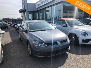 Used 2015 Volkswagen Golf RÉSERVÉ Trendline 1.8 TSI + Bluetooth + Mag for sale in Québec, QC