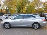 2016 Toyota Camry LE Photo29