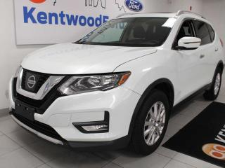 Used 2017 Nissan Rogue SV AWD, Power Heated Seats, Push Start/Stop, Rear View Camera, Sunroof for sale in Edmonton, AB