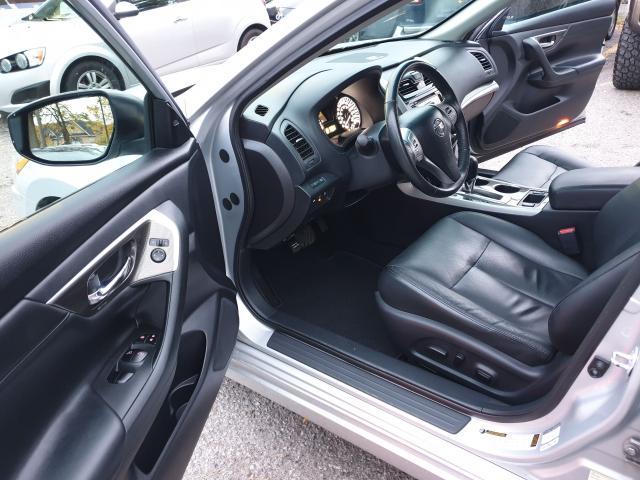 2015 Nissan Altima 2.5 SL Photo9