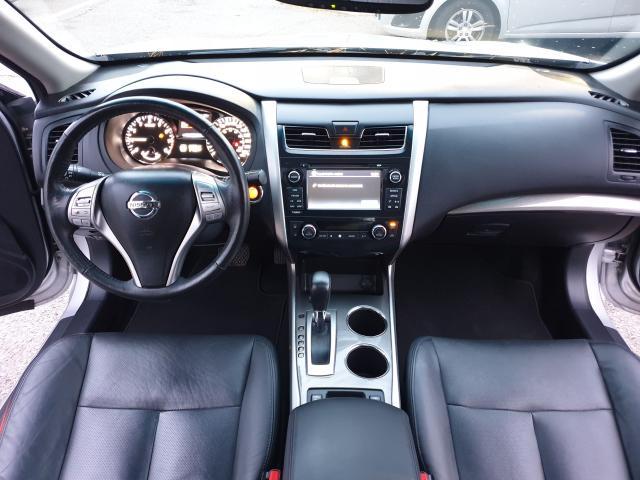 2015 Nissan Altima 2.5 SL Photo10