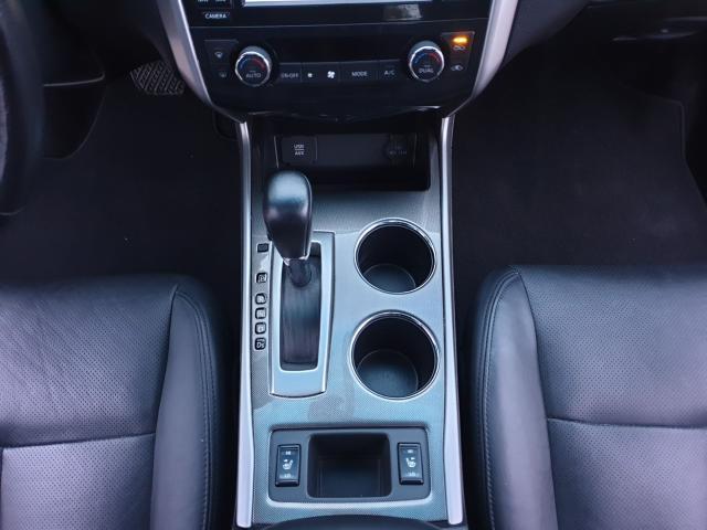 2015 Nissan Altima 2.5 SL Photo18