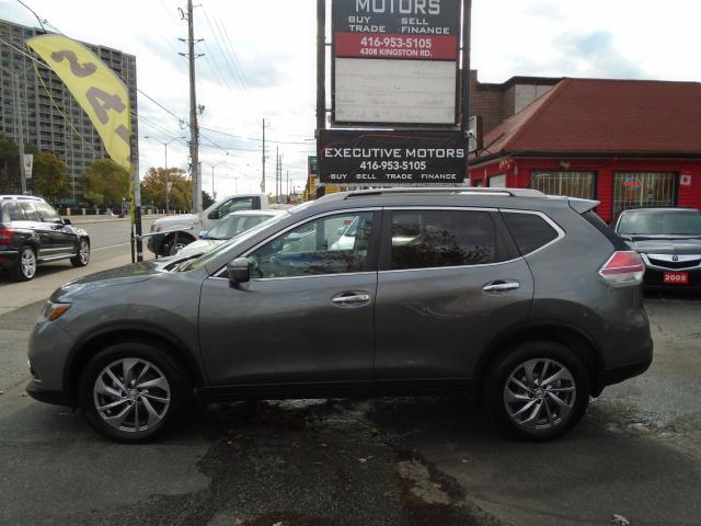 2014 Nissan Rogue SL/ LEATHER / PANO ROOF / AWD / REV CAM / MINT