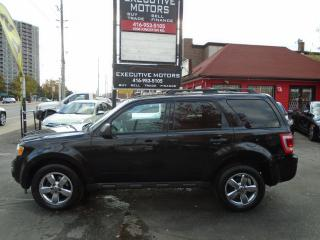 Used 2011 Ford Escape XLT/ LEATHER / ROOF / ALLOYS / CERTIFIED / CLEAN / for sale in Scarborough, ON