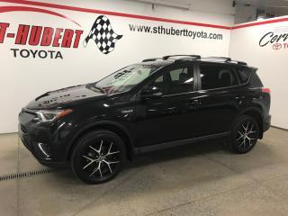 Used 2017 Toyota RAV4 4dr SE, HYBRIDE, NAVIGATION for sale in St-Hubert, QC