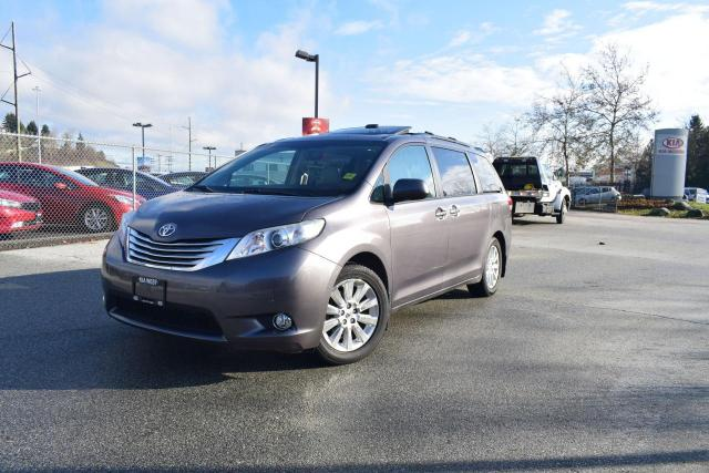 2011 Toyota Sienna AWD/LEATHER/ROOF/NAVI/DVD