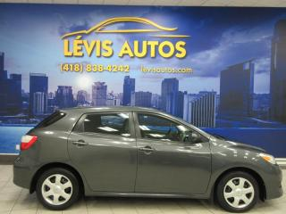 Used 2010 Toyota Matrix XR  2.4L  BAS PRIX MANUEL 5 VITESSES for sale in Lévis, QC
