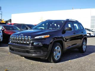 Used 2016 Jeep Cherokee SPORT 4X4 * V6 * HITCH * for sale in Brossard, QC