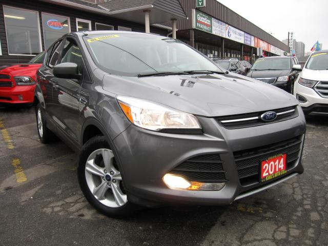 2014 Ford Escape SE 4WD ACCIDENT FREE!!!  HEATED SEATS, BACK UP CAMERA,