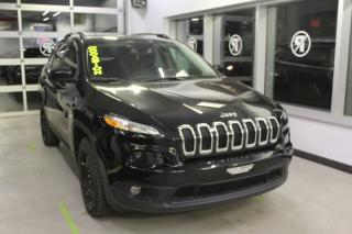 Used 2017 Jeep Cherokee North AWD CAMÉRA MAIN LIBRE for sale in Lévis, QC