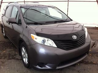 Used 2013 Toyota Sienna V6 7 Passenger 7 PASSENGER SEATING, REAR CLIMATE CONTROLS, KEYLESS ENTRY, POWER WINDOWS/LOCKS/MIRRORS for sale in Ottawa, ON