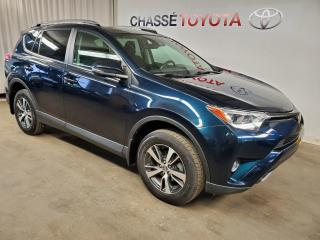 Used 2017 Toyota RAV4 XLE AWD TOIT OUVRANT , MAGS FOGS for sale in Montréal, QC