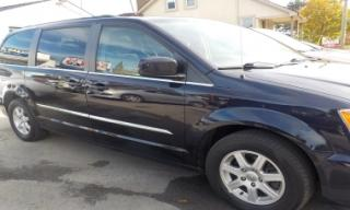 Used 2011 Chrysler Town & Country SE for sale in St Catharines, ON