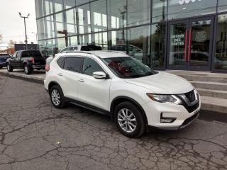 Used 2017 Nissan Rogue SV AWD CAMÉRA MAIN LIBRE BAS KILOMÉTRAGE for sale in Lévis, QC
