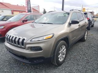 Used 2018 Jeep Cherokee Sport Comme neuf! for sale in Val-D'or, QC