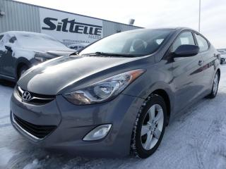 Used 2013 Hyundai Elantra GLS / MAGS / TOIT OUVRANT for sale in St-Georges, QC