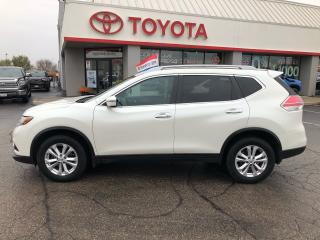 Used 2016 Nissan Rogue SV AWD alloys auto for sale in Cambridge, ON