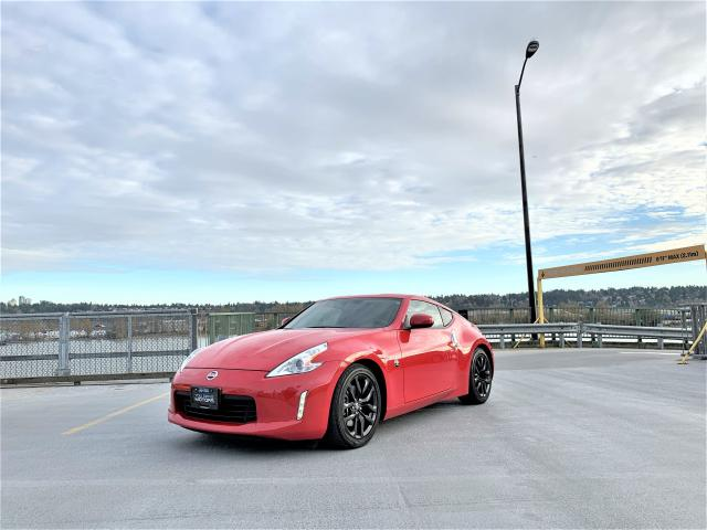 2017 Nissan 370Z PERFECT RED SPORTS CAR - 6 SPEED MANUAL