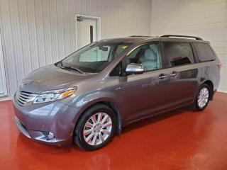Used 2017 Toyota Sienna XLE V6 AWD for sale in Pembroke, ON