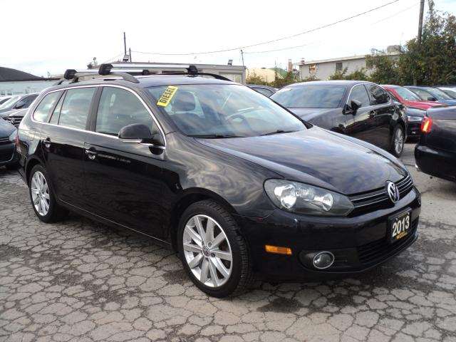 2013 Volkswagen Golf Wagon PANORAMIC SUN ROOF
