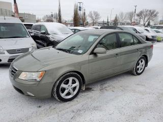 Used 2010 Hyundai Sonata V6, LEATHER, SUNROOF, HEATED SEATS AND MORE for sale in Edmonton, AB