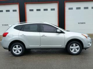 Used 2013 Nissan Rogue S AWD for sale in Jarvis, ON