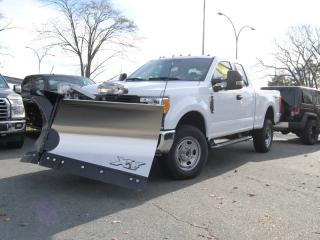 Used 2017 Ford F-250 XLT WITH V-BLADE PLOW for sale in Halifax, NS