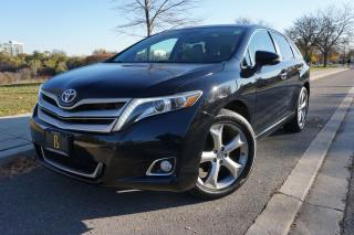 Used 2013 Toyota Venza LOADED / NO ACCIDENTS / V6 AWD / STUNNING for sale in Etobicoke, ON
