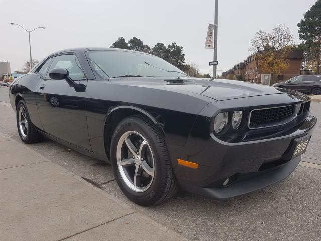 2010 Dodge Challenger EXTRA CLEAN-3.5L-LEATHER-SUNROOF-DUAL M-ALLOYS-AUX