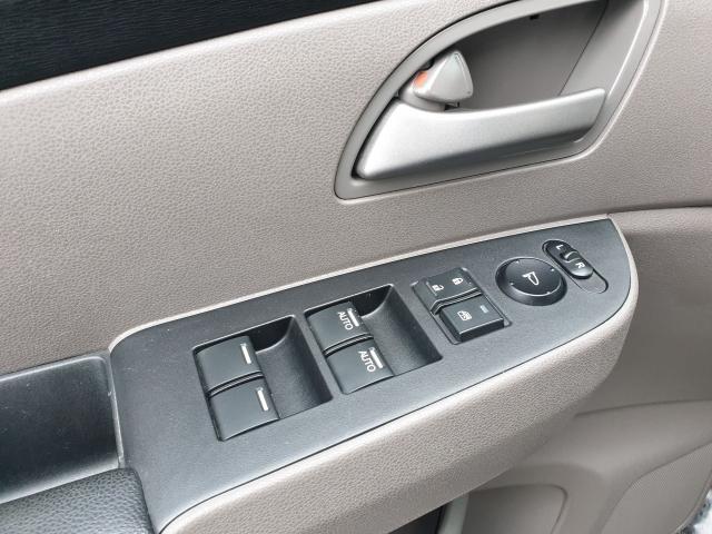 2012 Honda Odyssey EX-L Photo22