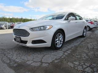 Used 2013 Ford Fusion 4dr Sdn SE / ONE OWNER for sale in Newmarket, ON