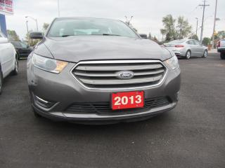 Used 2013 Ford Taurus SEL for sale in Hamilton, ON