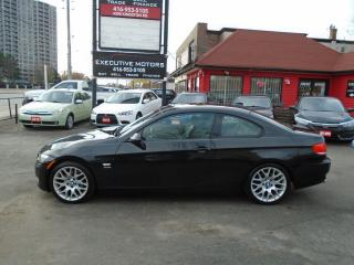 Used 2009 BMW 3 Series 328i xDrive/ SPORT PKG / 6SPD/ SUPER CLEAN / AWD for sale in Scarborough, ON
