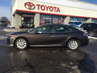 Used 2018 Toyota Camry SE alloys auto power pkg for sale in Cambridge, ON