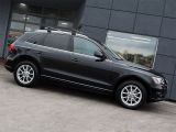 Photo of Black 2011 Audi Q5