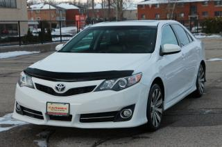 Used 2013 Toyota Camry SE Heated Seats | Sunroof | Bluetooth | Accident-FREE for sale in Waterloo, ON