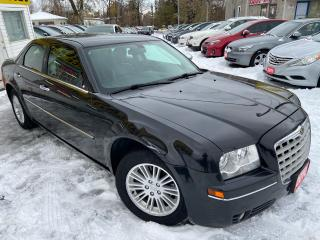 Used 2010 Chrysler 300 TOURING/ LEATHER/ PWR SEAT/ PWR GROUP/ ALLOYS! for sale in Scarborough, ON