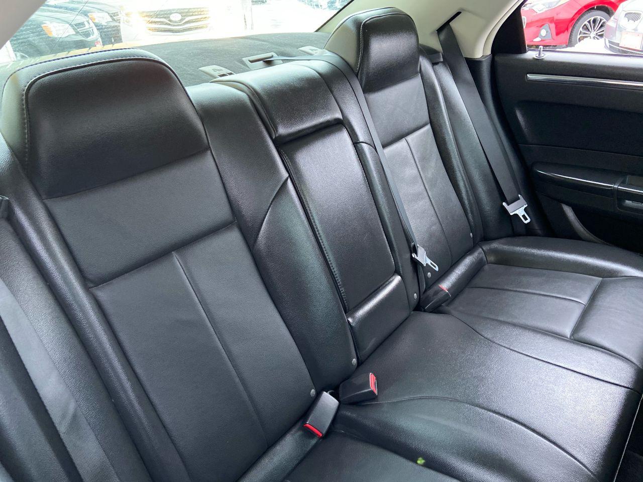 2010 Chrysler 300