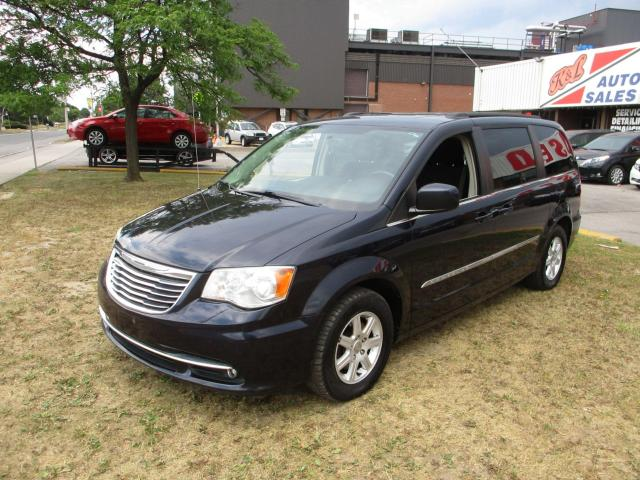 2011 Chrysler Town & Country Touring~DUAL DVD~NAV.~BACK-UP CAM.~STOW'n'GO~