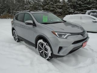Used 2018 Toyota RAV4  AWD LE for sale in Beaverton, ON