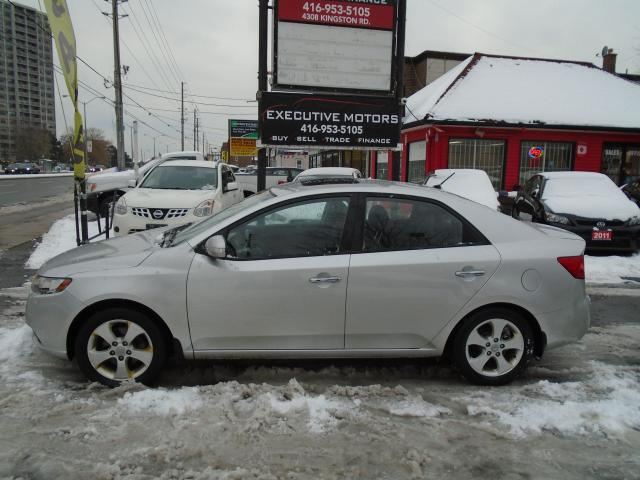 2010 Kia Forte EX / ALLOYS / HEATED SEATS/ BLUETOOTH/ LOW KM /