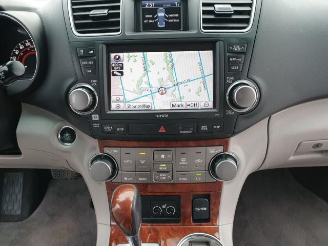 2011 Toyota Highlander LIMITED  Photo17