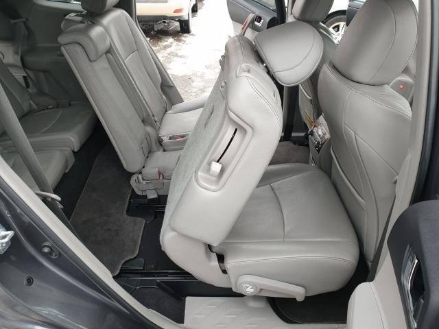 2011 Toyota Highlander LIMITED  Photo23