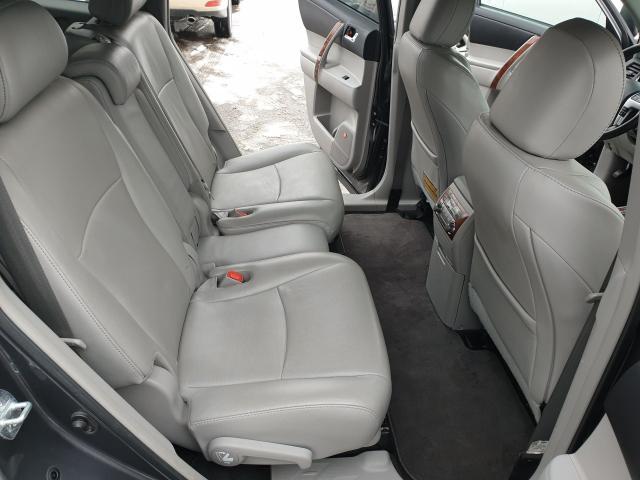 2011 Toyota Highlander LIMITED  Photo25