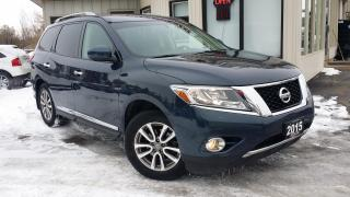 Used 2015 Nissan Pathfinder SL 4WD - LEATHER! NAVIGATION! 360 CAM! 7 PASS! PANO ROOF! for sale in Kitchener, ON